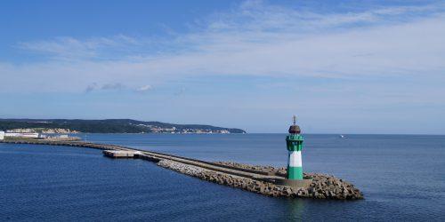 lighthouse-963458_1920